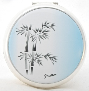 """New Stratton """"bamboo"""" vintage-style powder compact"""