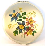 Vintage Kigu compact with aquilegia, possibly early 1970s