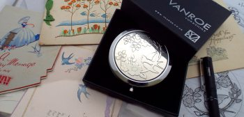 bird compact mirror uk Vanroe